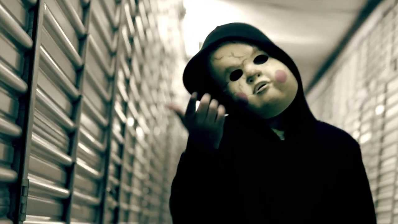 "SkattaBrain – ""Straight Jacket Flow"" [Official Music Video ..."