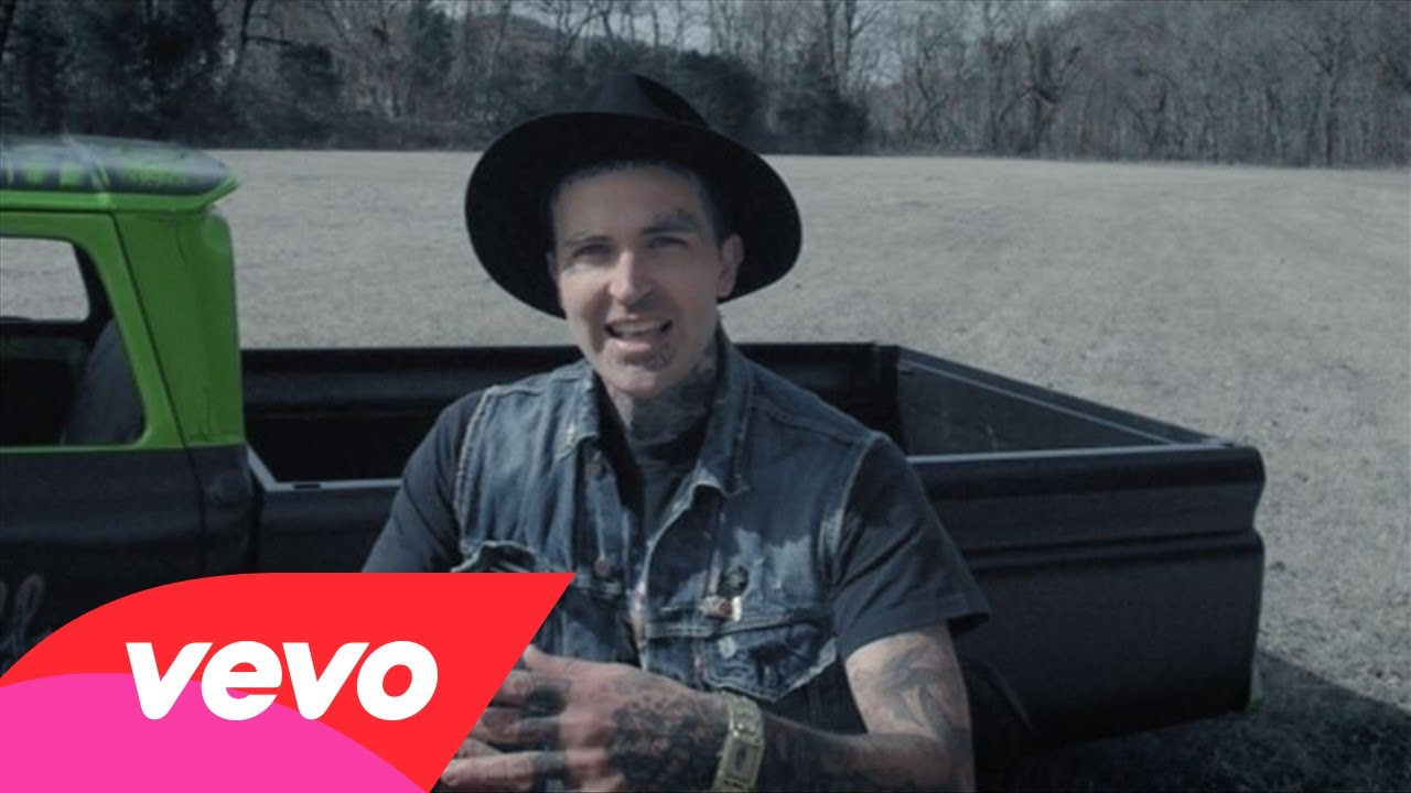 "Yelawolf – ""Box Chevy V"" [Official Music Video] 