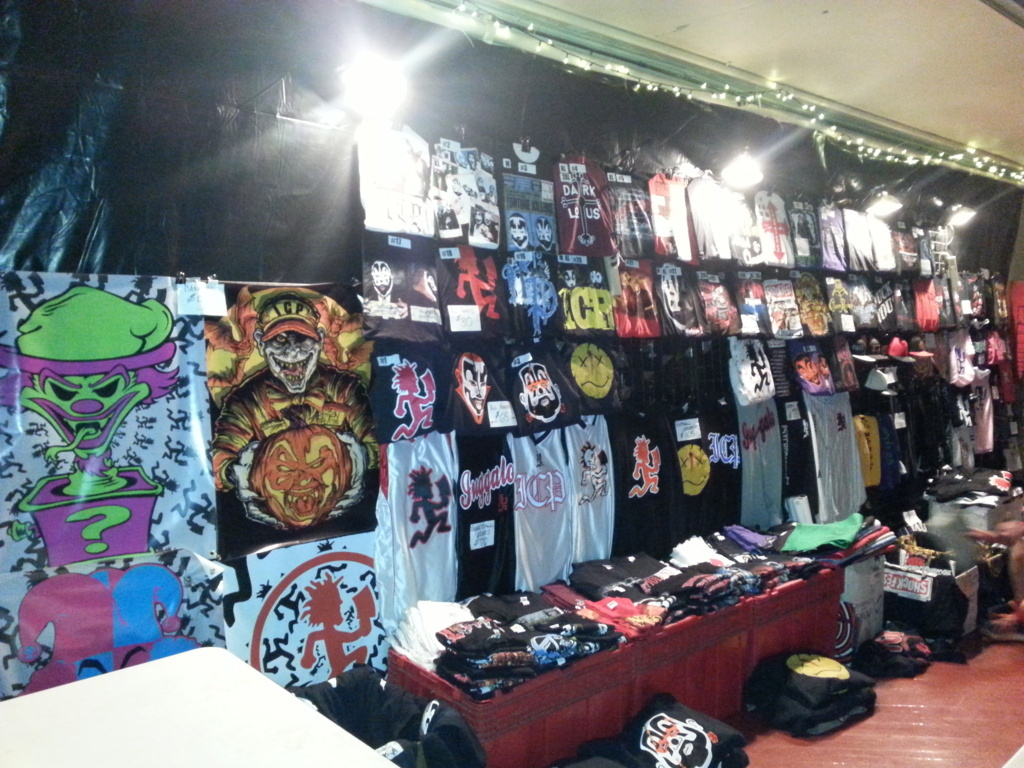 merch photos from icp�s �shockfest� and twiztid�s �this